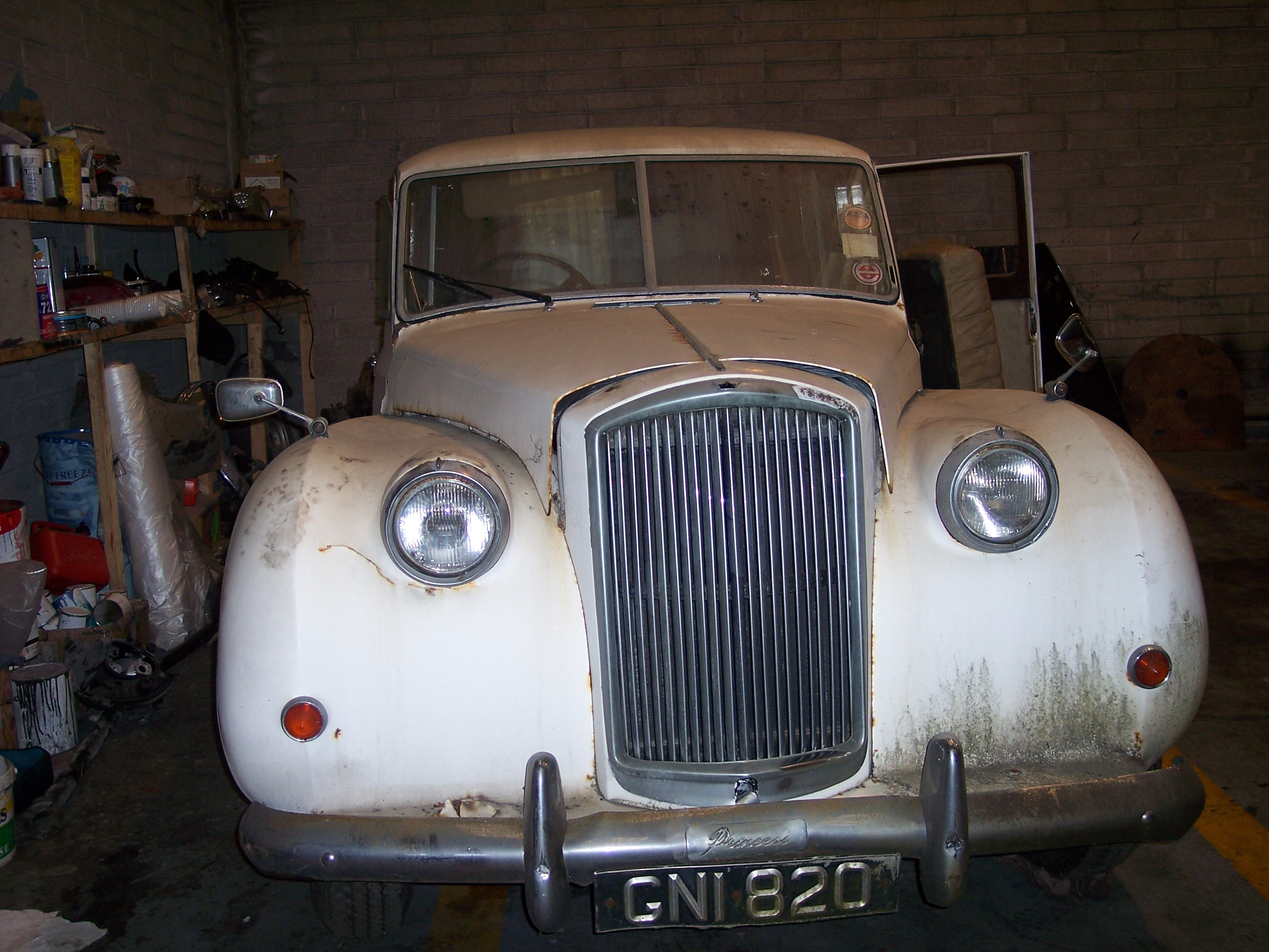 Dublin 39 S Best Vintage Car Restoration Garage New Ireland